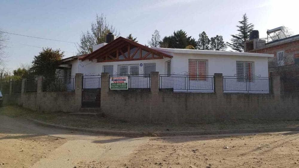 Casa 4 habitaciones dormitorios Villa Carlos Paz cerca del centro y a 100m del rio